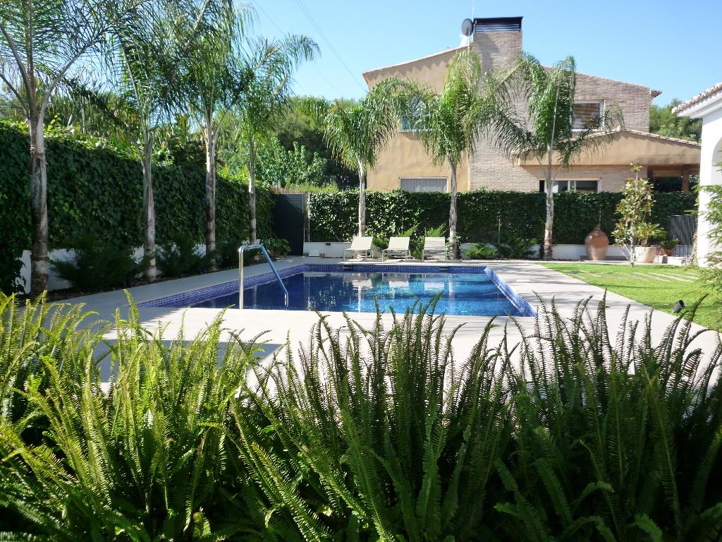 mantenimiento de jardines mantenimiento piscinas valencia