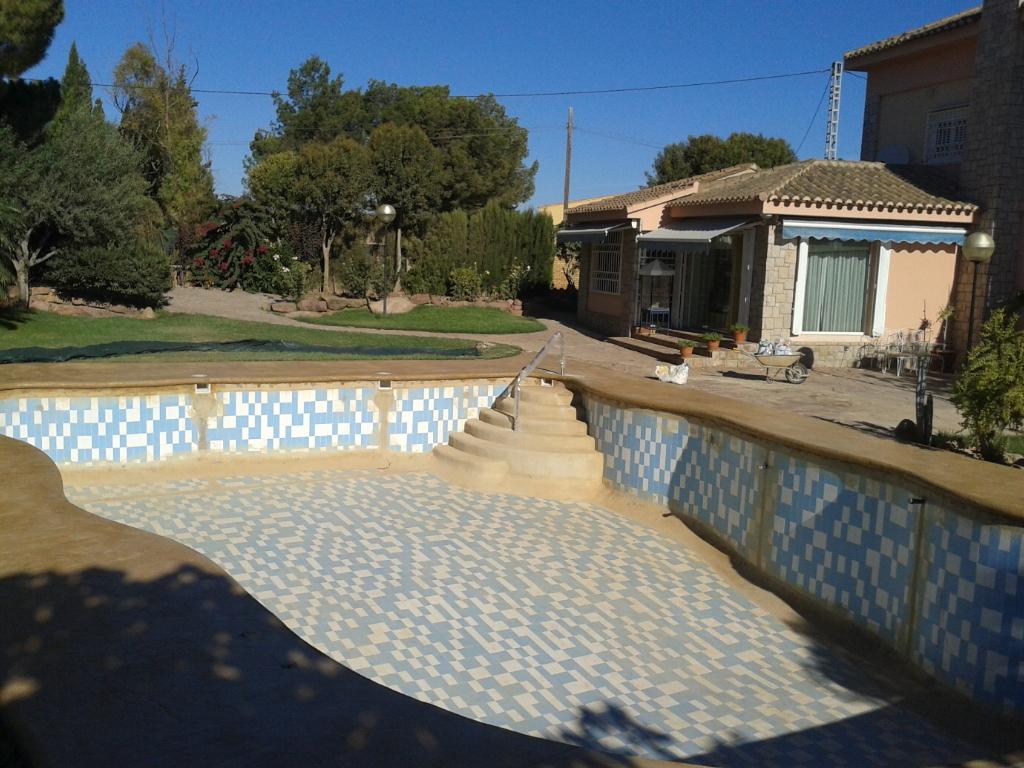 Reparar piscinas en valencia mantenimiento piscinas valencia - Piscinas prefabricadas en valencia ...